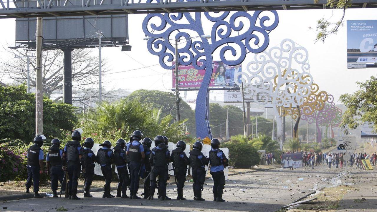 Nicaragua despliega militares en varias ciudades por las protestas