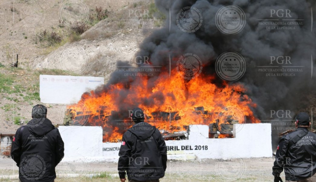 PGR incinera más de ocho toneladas de narcóticos en Tijuana