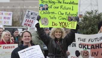 Cumple siete días la huelga de maestros en Oklahoma