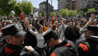 Nueve años de cárcel para jóvenes de La Manada