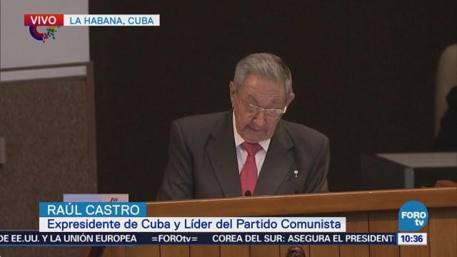 Raúl Castro dice que Cuba ha aprendido de los errores