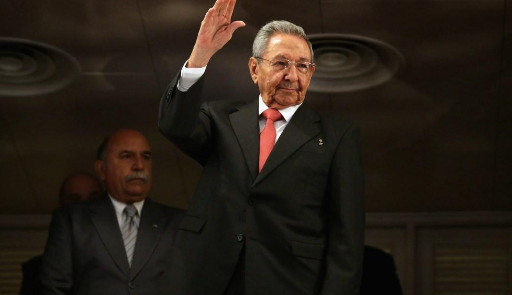 Cuba adelanta fecha para elegir nuevo presidente
