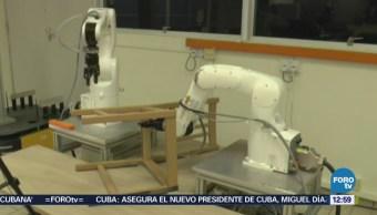 Robot arma silla de madera en ocho minutos en Singapur