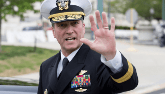Ronny Jackson, designado de Trump para Veteranos retira candidatura
