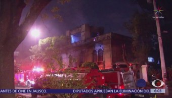 Se incendia bodega de universidad privada en la colonia Roma, CDMX