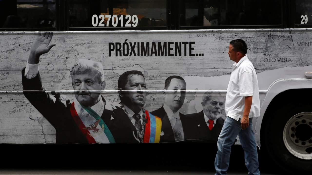 la division se atribuye realizacion serie populismo america latina
