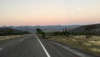 carretera-federal-mexico-acapulco-atardecer-foto