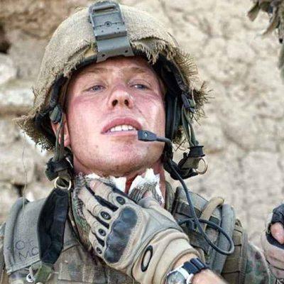 Héroe de guerra vende sus medallas para comprar una casa