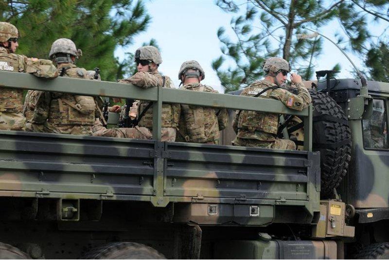 Arizona y Texas alistan despliegue de Guardia Nacional en frontera con México