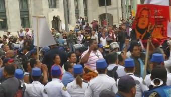 Trabajadores del Gobierno se manifiestan contra AMLO, bajo amenaza