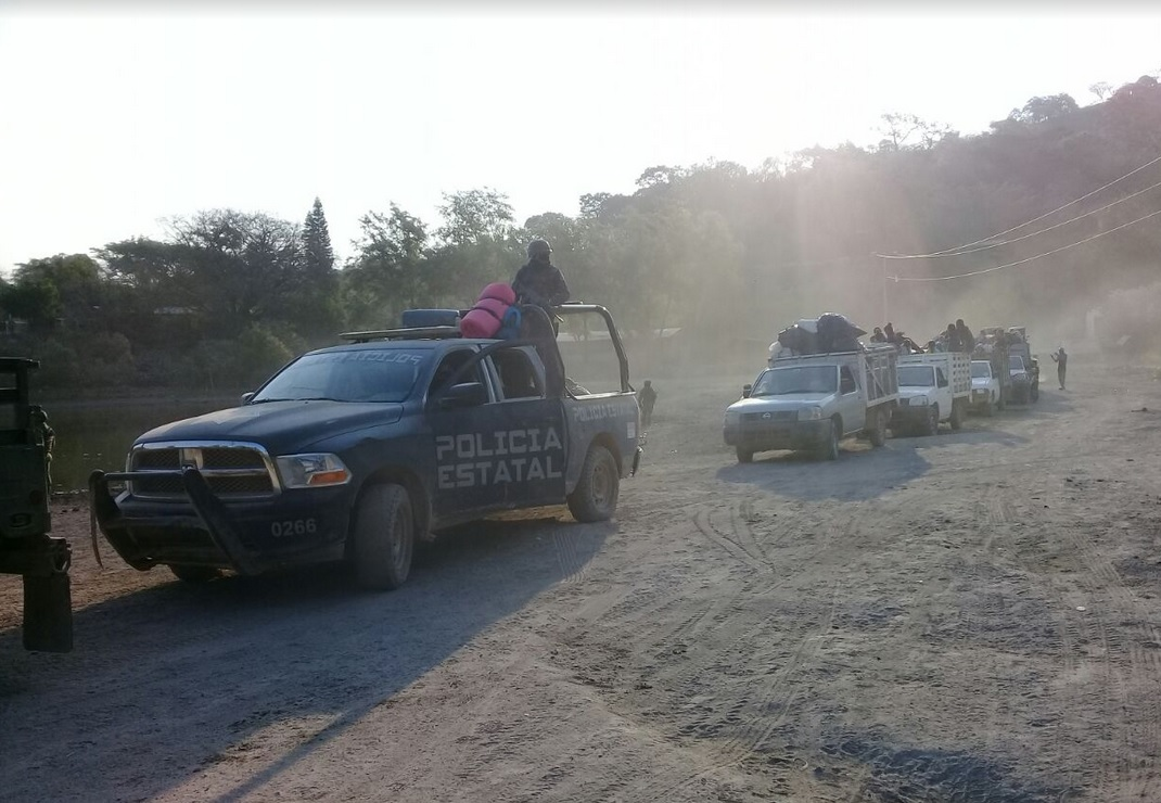Huyen de la violencia 92 habitantes de San Miguel Totolapan, Guerrero