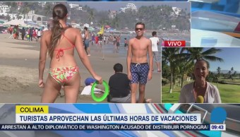 Turistas aprovechan las últimas horas de vacaciones en Manzanillo