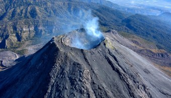 Realizan coloquio internacional del Volcán de Colima