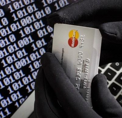 Cargos por música, películas y transporte privado lideran denuncias por fraude cibernético