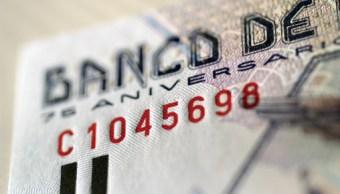 BMV gana; peso y euro resienten alza del dólar