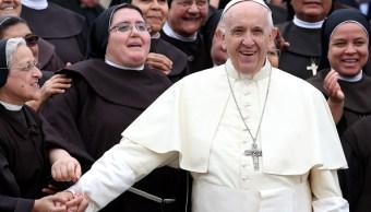 """Papa Francisco asegura que """"el sentido del humor nos acerca más a Dios"""""""