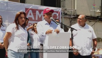 AMLO acusa a sus adversarios de copiar sus ideas