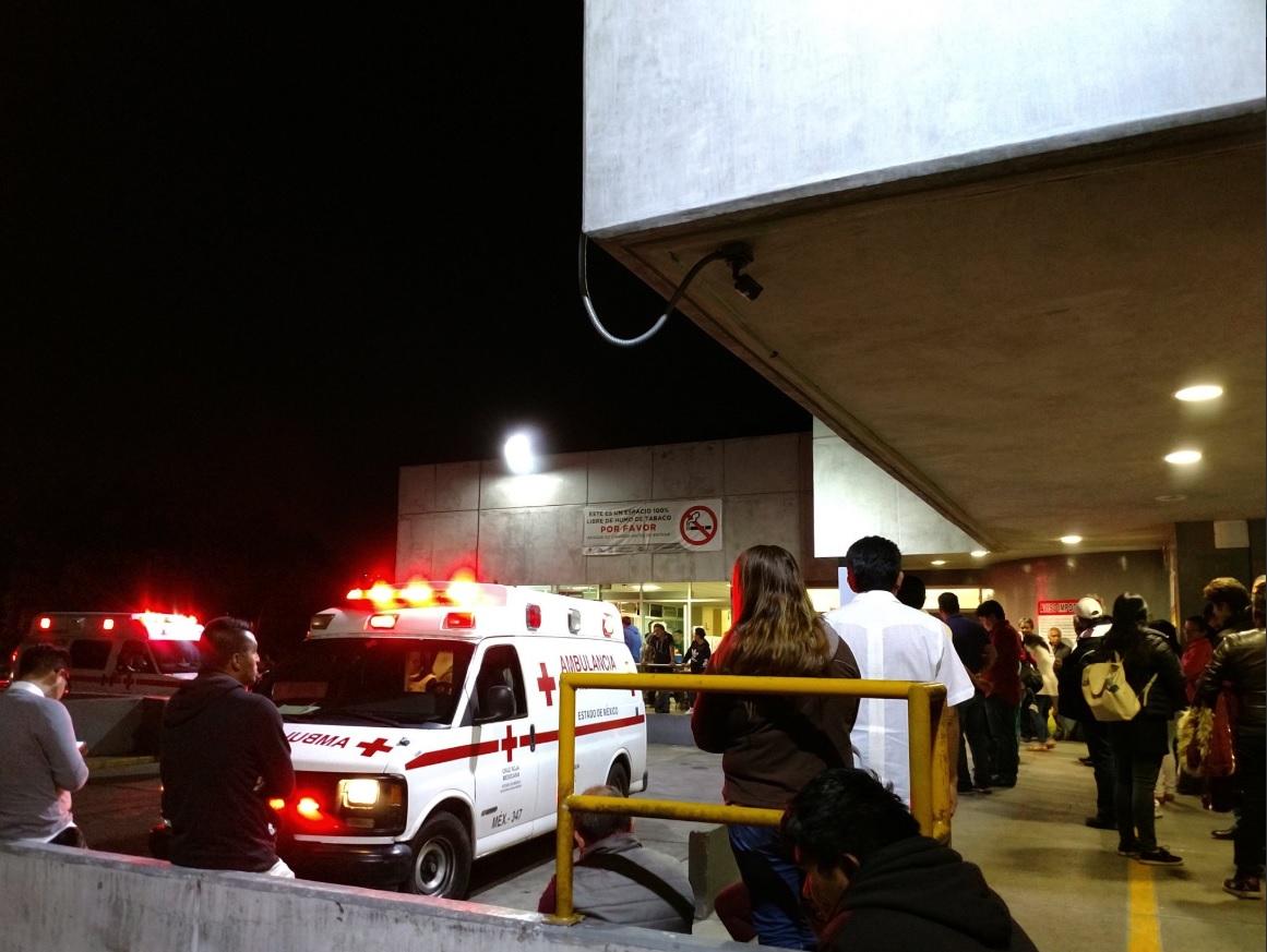 Atienden a más de 70 personas por intoxicación en la clínica 72 de IMSS en Tlalnepantla