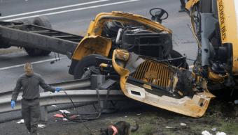Se impacta camión de basura contra autobús escolar en Nueva Jersey
