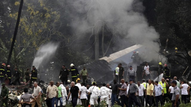 Autoridades mexicanas identifican tripulación avión accidentado Cuba