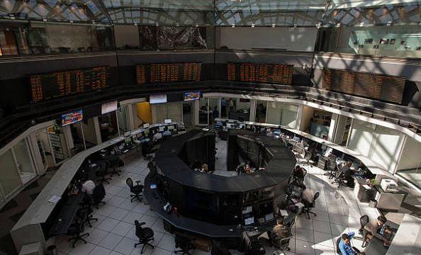 Bolsa Mexicana avanza 0.15%, atenta a datos