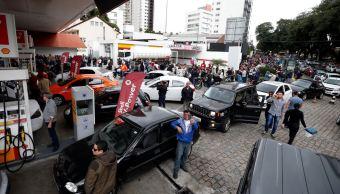 huelga camioneros desabasto brasil gasolinerias supermercados