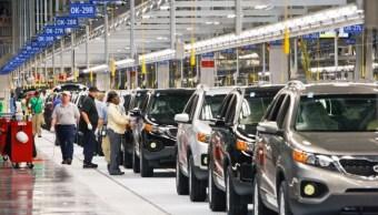 Cámara comercio EU y Canadá critican aranceles automóviles