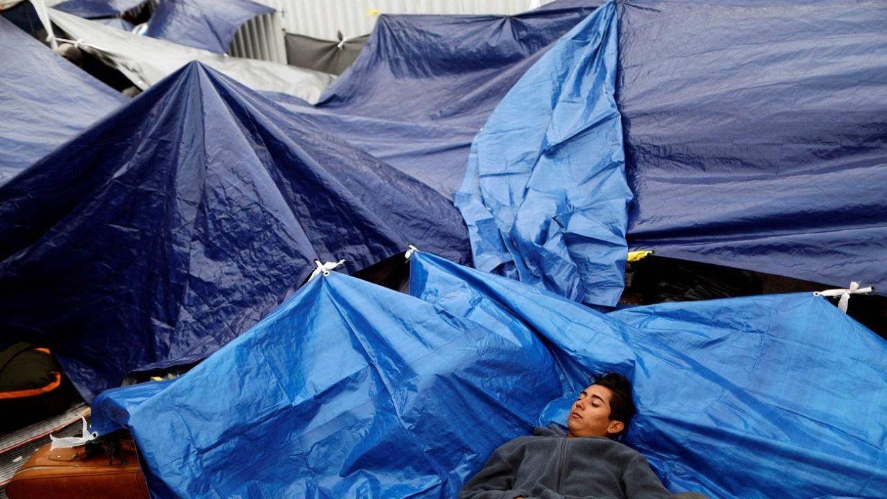 Sin respuesta, Caravana Migrante continúa en Tijuana, Baja California