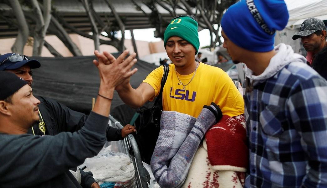 Migrantes piden en Sonora agilizar trámites para establecerse en México
