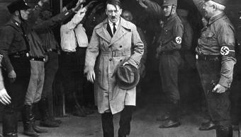 adolfo-hitler-lider-partido-nacionalsocialista-saludado-por-militantes-alemanes-segunda-guerra-mundial