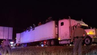 Detienen Texas camión 86 migrantes latinoamericanos