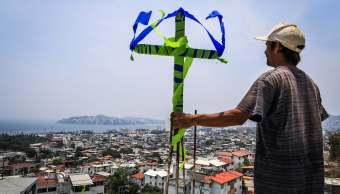 Trabajadores de la construcción celebran el Día de la Santa Cruz