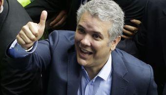 Duque y Petro se perfilan para segunda vuelta en Colombia