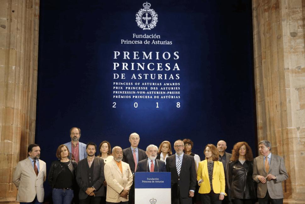El jurado del Premio Príncipe de Asturias en Oviedo, España. (EFE)