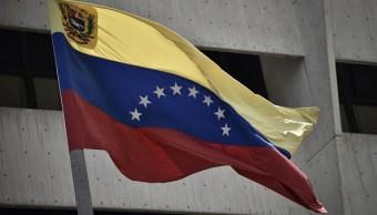 Estados Unidos expulsa diplomáticos venezolanos Maduro