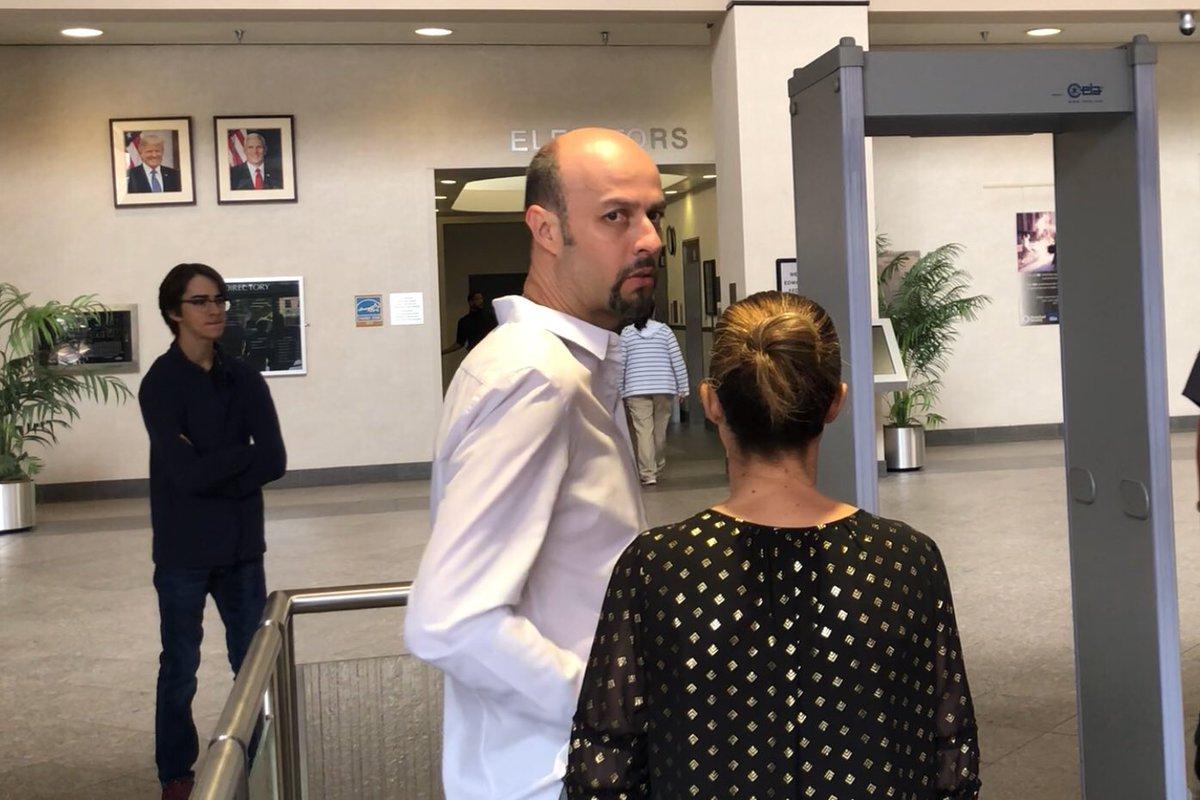 Sale Esteban Loaiza en libertad condicional