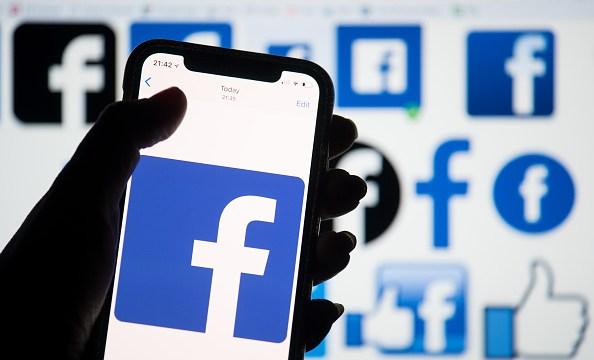 Facebook suspende 200 aplicaciones por investigación de uso indebido de datos