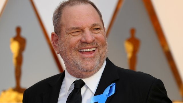 Acusan a Harvey Weinstein de forzar sexualmente otra mujer