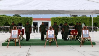 Despiden con honores a militares muertos durante ataque en Guerrero