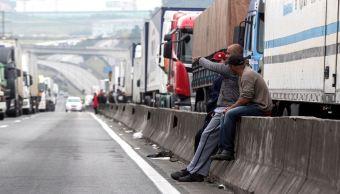Sexto día consecutivo de paro camionero en Brasil