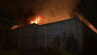 Se registra incendio en recicladora en Tlaquepaque, Jalisco