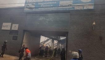 Bomberos sofocan incendios en el Valle de México y Ecatepec