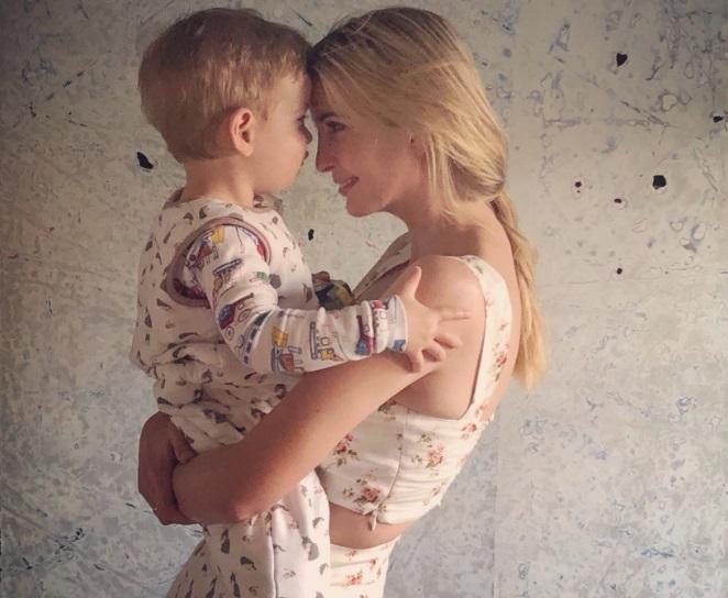 Ivanka Trump y su hijo vs niños migrantes desaparecidos