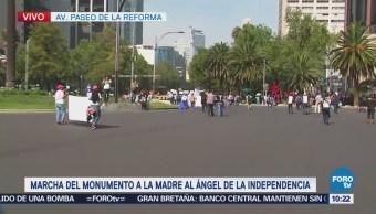 Madres de desaparecidos marchan hacían el Ángel de la Independencia