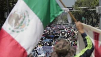 Marchas por el Día del Maestro concluyen sin incidentes en la CDMX