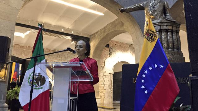 Cancillería cita a embajadora de Venezuela Lourdes Urbaneja