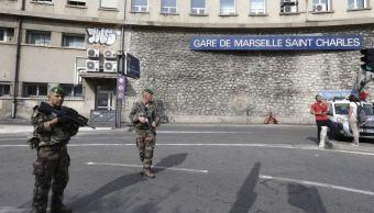 detenido marsella material artefacto policia miliatares