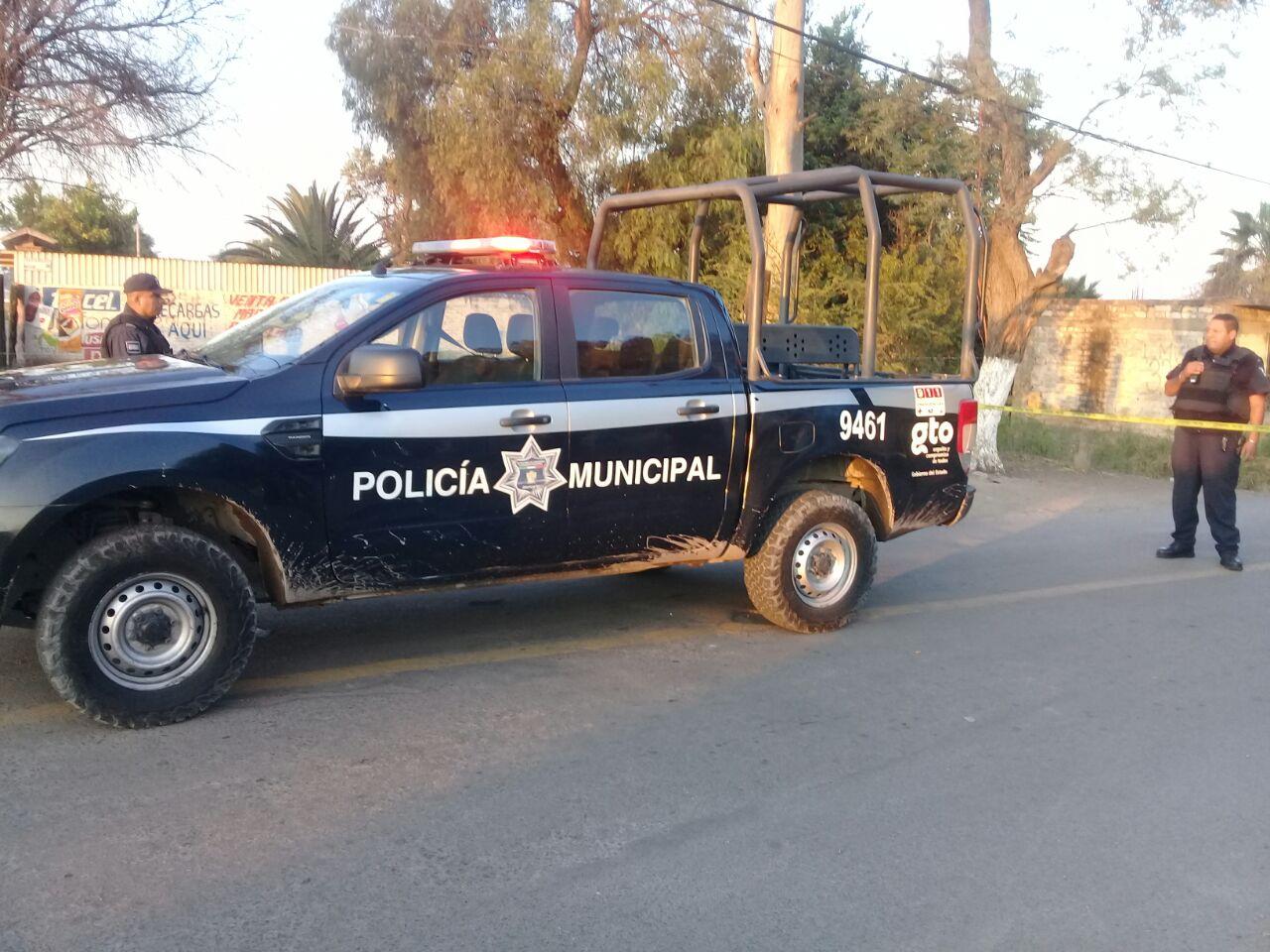 Emboscan y asesinan a tres policías municipales en Tomelópez, Irapuato