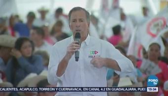 Meade Reúne Campesinos Durango
