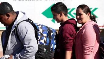 Auxilian a migrantes por clima extremo en México